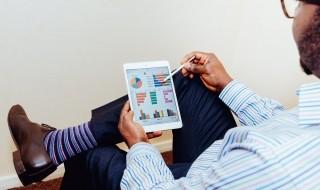 Betaalde app of gratis app laten bouwen?